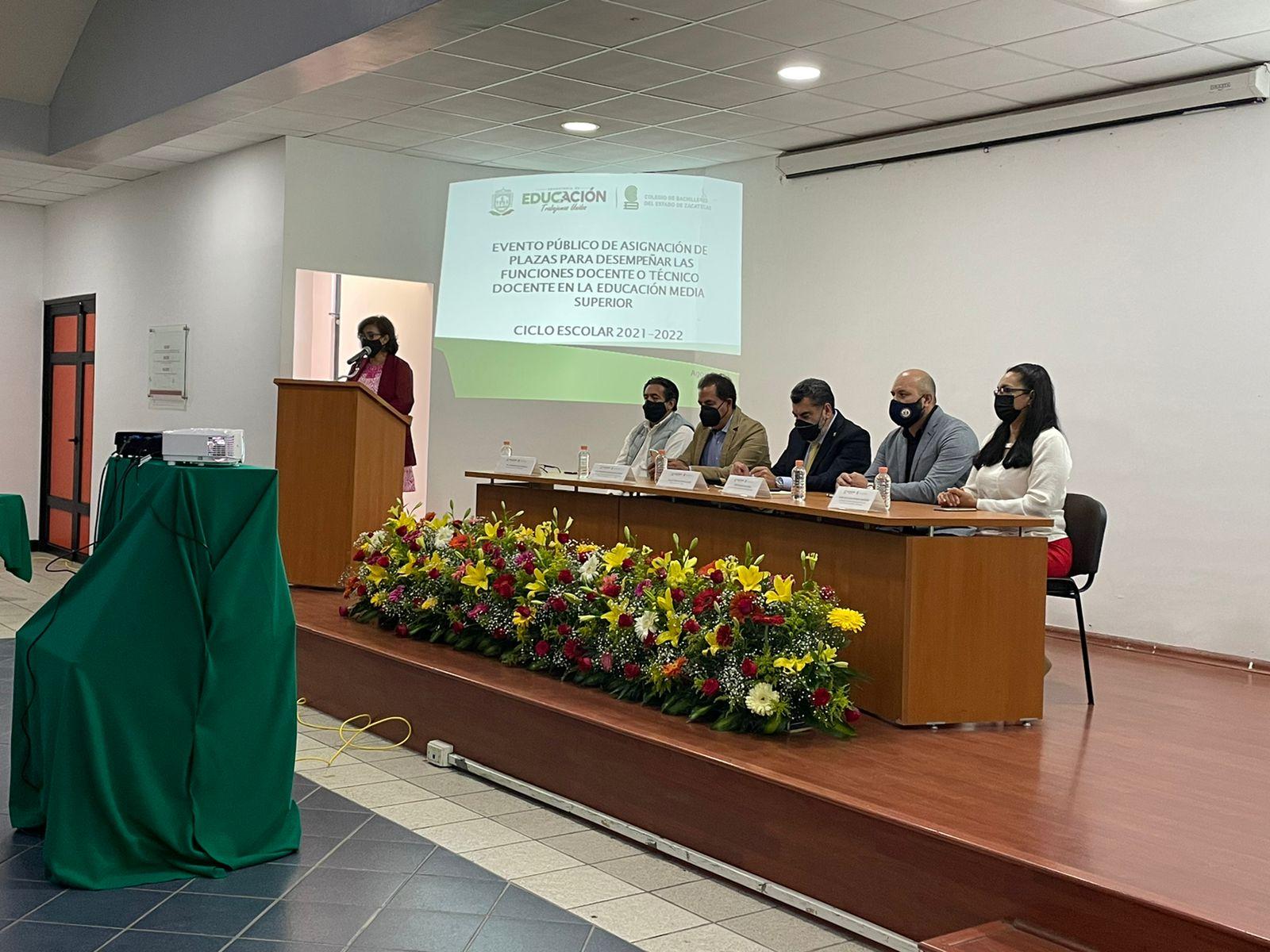 COBAEZ asigna plazas docentes para el ciclo escolar 2021- 2022