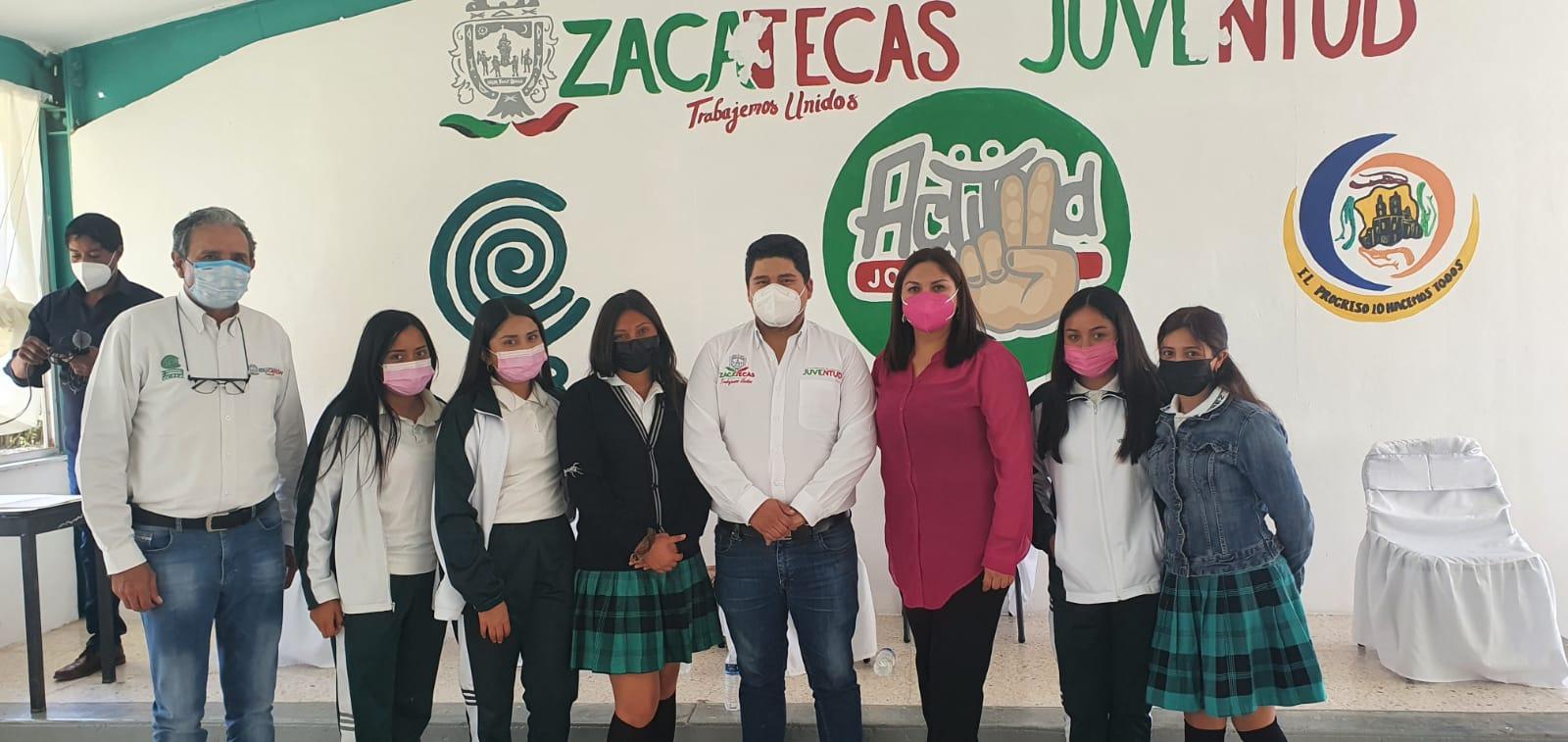 COBAEZ beneficia a más de 300 estudiantes a través de salón de usos múltiples